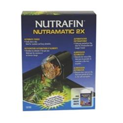 O Nutrafin Nutramatic 2X Alimentador Automático fornece opções de instalação flexíveis, que permite a borda e posicionamento fre