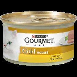 Mousse com Frango, cuidadosamente preparada para oferecer ao seu gato o prazer de uma delicada e suave sensação. GOURMET Gold Mo
